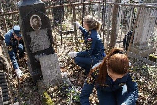коминтерновское кладбище