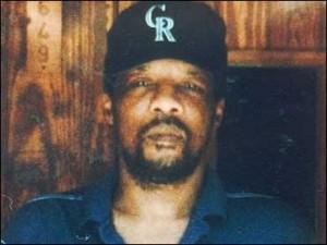 James Byrd,(1949—1998) — афроамериканец, который был убит тремя белыми мужчинами в Джаспере, штат Техас, 7 июня 1998 года