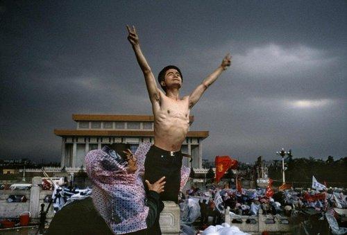 расстрел на площади тяньаньмэнь