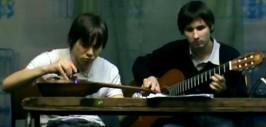 Группа «Водка» на гитаре и балалайке исполнила Антуана Бойгера